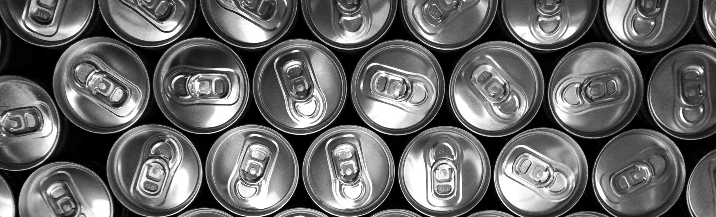 black-and-white-cans-doses-19954